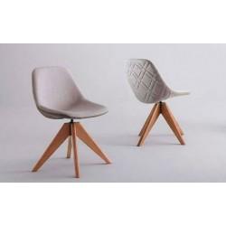 Detalhe de uma cadeira de lado e uma de costas. Cadeira de Jantar, Compass