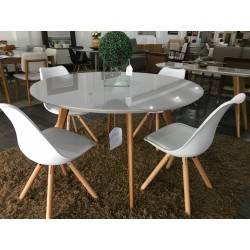 Conjunto Mesa de Jantar Redonda 1,35m – 4450 com 4 Cadeiras – LUIZA